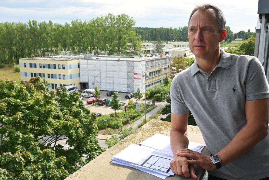 Dirk Neumann, Geschäftsführer des Chemnitzer Unternehmens Admedia, erweitert den Standort an der Planitzwiese 35. 2022 soll hier ein erweitertes Medizinisches Versorgungszentrum (MVZ) mit bis zu zehn Ärzten seinen Betrieb aufnehmen.