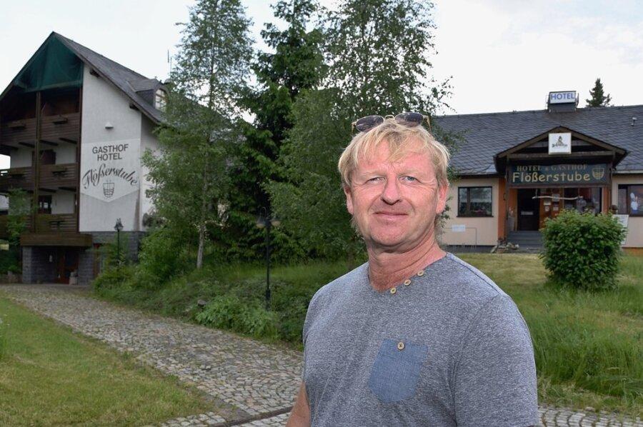 Jan Rauscher ist der neue Besitzer vom Hotel und dem Gasthof Flößerstube in Muldenberg.