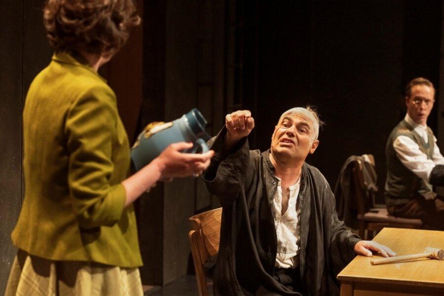 """""""Der zerbrochene Krug"""" im Vogtland-Theater"""