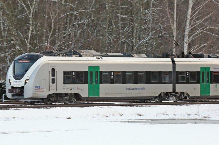 1998 verübte der Täter mehrere Anschläge auf Züge.
