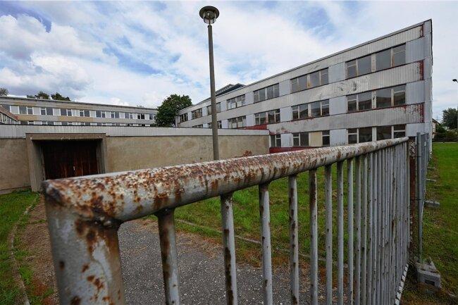 Für diesen früheren Wismut-Komplex im Chemnitzer Stadtteil Reichenbrand prüft der private Eigentümer mögliche Nutzungen. Eine Option ist eine Gemeinschaftsunterkunft für bis zu 287 Geflüchtete.