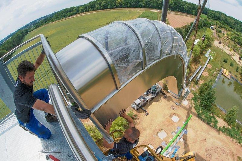 Im Sonnenlandpark in Lichtenau entsteht derzeit Deutschlands größter Rutschenturm.