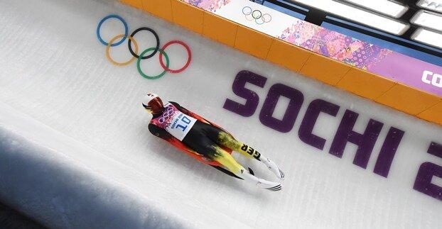 Rodler Loch holt erstes deutsches Gold in Sotschi