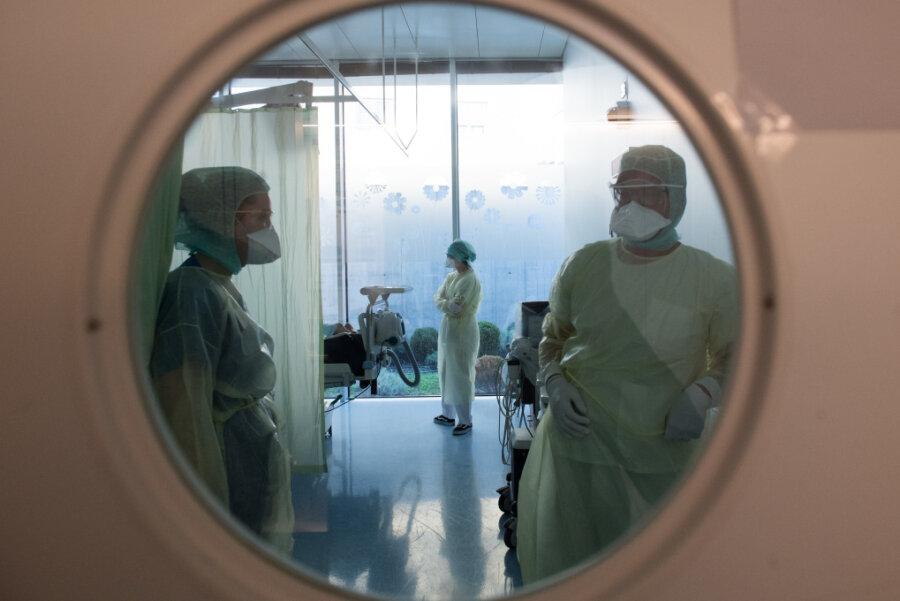 Chemnitz: Erste Krankenhäuser verhängen Besuchsstopp