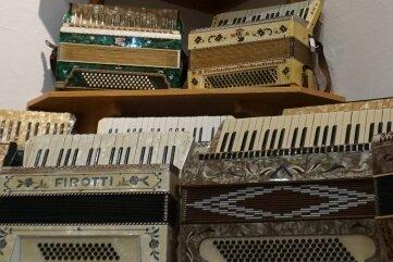 Ein Blick in die umfangreiche Sammlung des Harmonikamuseums Zwota.