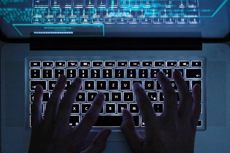 Achtung, Hacker! Die Daten und Netze kommunaler Verwaltungen geraten verstärkt ins Visier von Kriminellen.