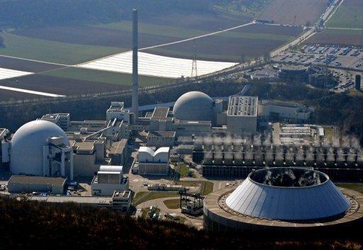 Während des Laufzeit-Moratoriums werden sieben deutsche Atomkraftwerke stillgelegt. Es handelt sich um Biblis A und B, Brunsbüttel, Isar 1, Unterweser und Philippsburg 1. Neckarwestheim (Archivfoto) soll auch danach nicht wieder ans Netz gehen.