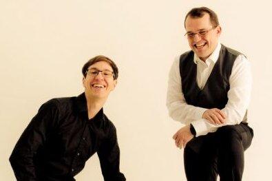 Das Leipziger Duo Choral Expedition - Samuel Seifert (rechts, Violine) und Andreas Reuter (Klavier).