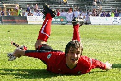 Überflieger mit Bodenhaftung: Seit Sommer 2008 trägt Martin Männel das Trikot des FC Erzgebirge.