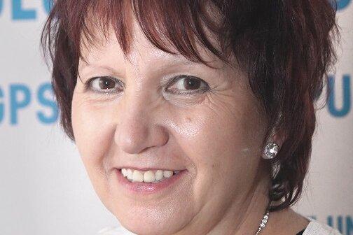Edda Weiß erhält sächsische Aids-Medaille