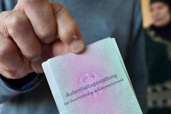 Mittelsachsen will Flüchtlinge auf 15 Orte verteilen