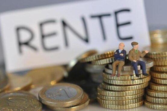Rentner klagen auf eine höhere Rente