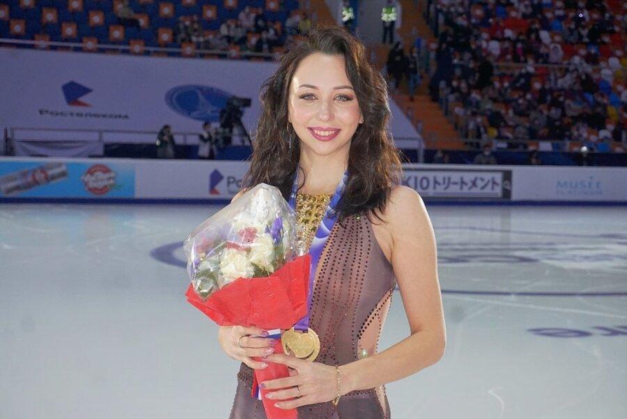 Jelisaweta Tuktamyschewa hat sich mit ihrem Sieg beim Grand-Prix-Wettbewerb in Moskau eindrucksvoll zurückgemeldet.