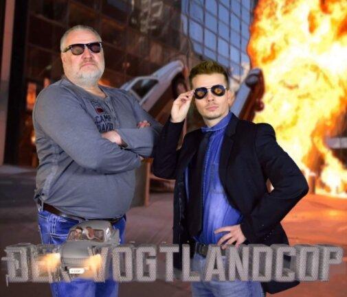 Das Plakat für die Webserie ist schon fertig: Frank Leonhard spielt den Vogtlandcop, Tom Asmussen seinen Partner.Grafik: Pieter Müller
