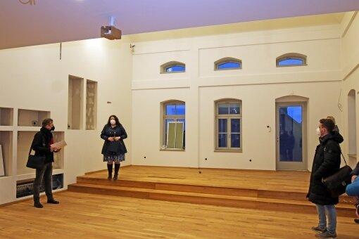 Auf der Bühne des Saales findet unter anderem die Kopie einer Silbermann-Orgel ihren Platz.