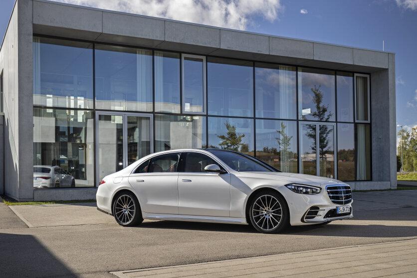 In der neuen S-Klasse kommen Materialien zum Einsatz, die Mercedes gemeinsam mit der TU Chemnitz entwickelt hat.
