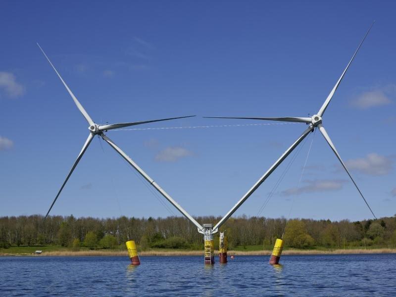 Ein Prototyp der schwimmenden Windenergieanlage «Nezzy 2».