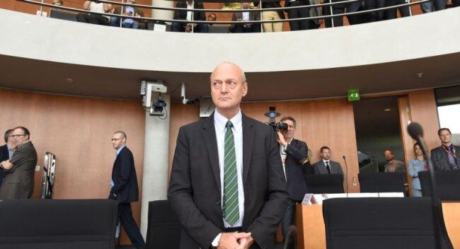 Musste sich einige Fragen gefallen lassen: BND-Chef Gerhard Schindler gestern vor dem NSA-Untersuchungsausschuss des Bundestages.