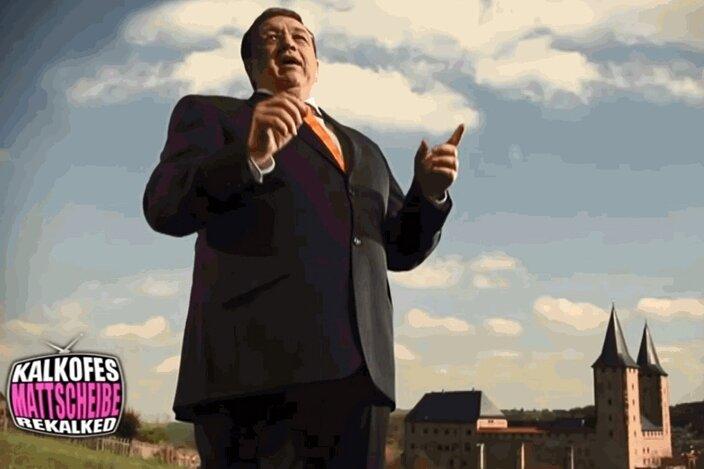 """Dr. Martin Grzelkowski Dr. Martin Grzelkowski - Der Komiker und Satiriker Oliver Kalkofe geißelt mit scharfem Witz den Wahlwerbespot des Rochlitzer Allgemeinmediziners, Dr. Martin Grzelkowski, den dieser eigens für den diesjährigen OB-Wahlkampf erstellen ließ. Kalkofe, alias Dr. Kritzelkratzel, sagt: """"Lochspritz kann mich mal."""""""