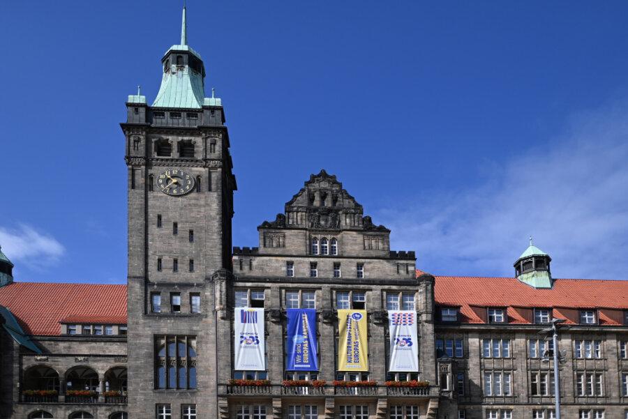 OB-Wahl in Chemnitz: Schulze bei Umfrage deutlich vorn