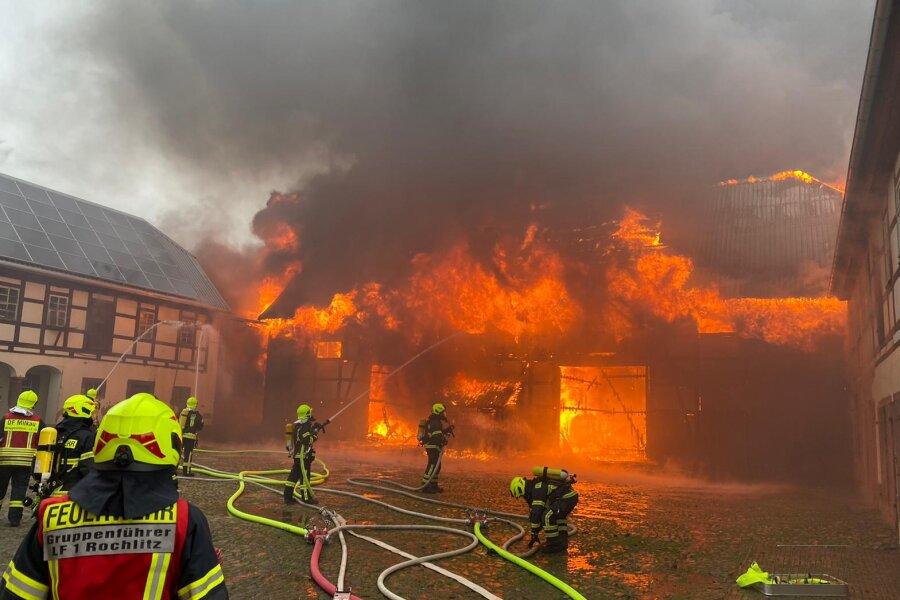 Großeinsatz in Sachsendorf: Scheune brennt ab