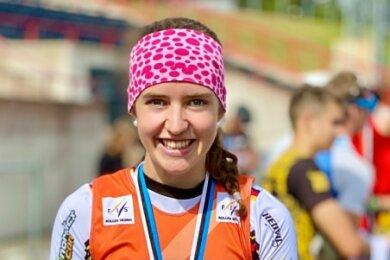 Viel Grund zum Strahlen: Merle Richter aus Sayda gewann beim Rollski-Weltcup in Estland zweimal Gold und einmal Bronze.