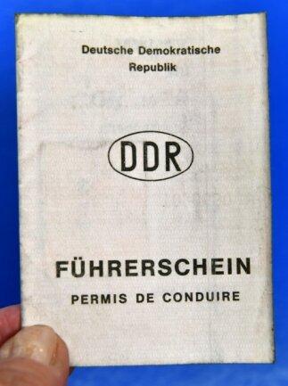 Beim Tausch des alten Führerscheins müssen die Daten der Fahrerlaubnis möglichst im Original vorliegen. Was zum Problem werden kann.