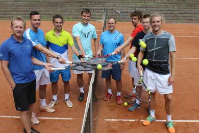 Von links: Leos Friedl, Michael Mirtchev, Daniel Lermann, Alexander Schällig, Ronald Kraatz, Patrick Nespor, Lennart Siebels, Christian Kleinpeter