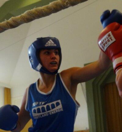 Die Anfänge: Gina Spranger deutete gleich bei ihren ersten Kämpfen für das Boxteam Oelsnitz (Foto von 2017) ihr Potenzial an.