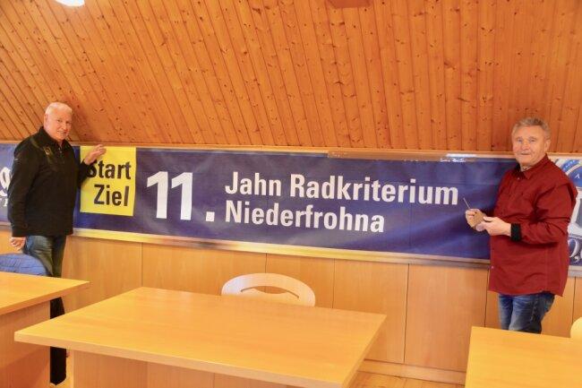 Bernd Lindner (links) und Klaus Kertzscher gehören zum Organisations-Team des Radrennens Jahn-Radkriteriums in Niederfrohna. Im vergangenen Jahr hatte die Veranstaltung ausfallen müssen. Dieses Jahr soll es sie wieder geben. Vorausgesetzt, Corona lässt sie zu.