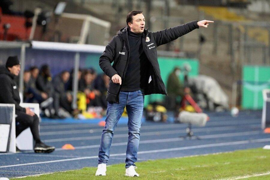 In 39 Pflichtspielen war Daniel Meyer verantwortlich für die Veilchen. Am Sonntag steht er als Cheftrainer von Eintracht Braunschweig erstmals als Coach der Gästemannschaft an der Seitenlinie im Erzgebirgsstadion.