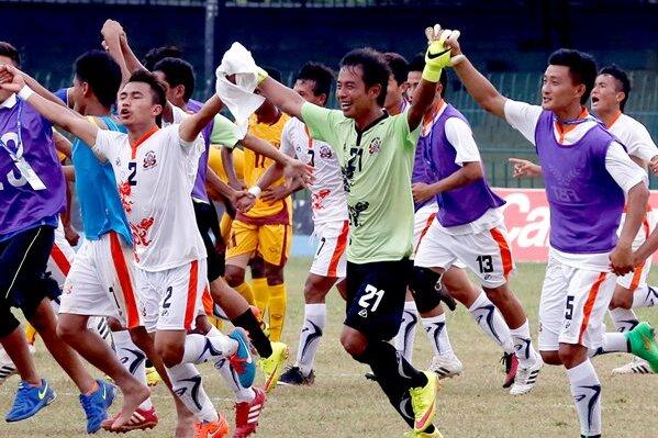 So sehen Sieger aus: die Helden Bhutans.