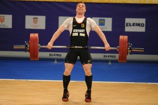 Robert Joachim holt zwei Medaillen für die Gewichtheber