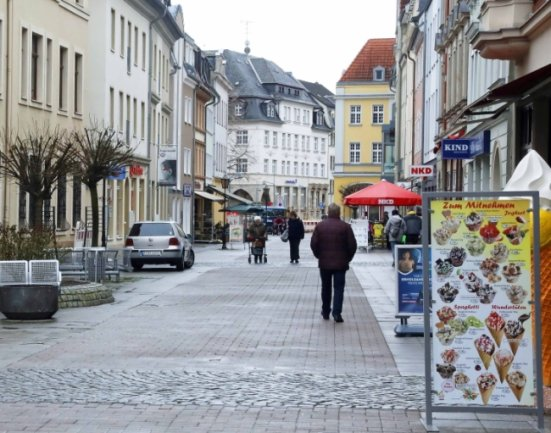 Mit den Einkaufsgutscheinen soll der Handel in der Crimmitschauer Innenstadt belebt werden.