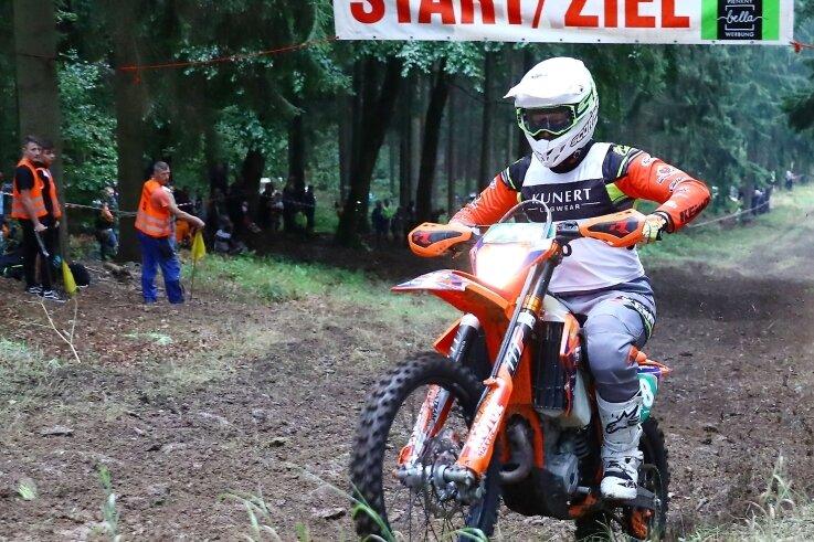 Louis Richter aus Pockau setzte sich im vorigen Jahr in der Sportklasse bei seiner Speedhill-Premiere auf Anhieb souverän durch.