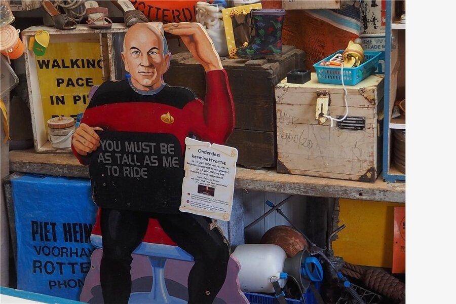 """Blick ins Juttersmuseum """"Flora"""" in den Niederlanden: Die """"Star Trek""""-Figur Captain Picard war von einer Kirmes am Brightoner Pier in England ins Meer geweht worden."""