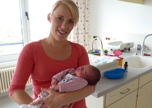Am 23. August, 13.15 Uhr, brachte Janet Kügler aus Waldkirchen im Zschopauer Krankenhaus Mara Schubert zur Welt.