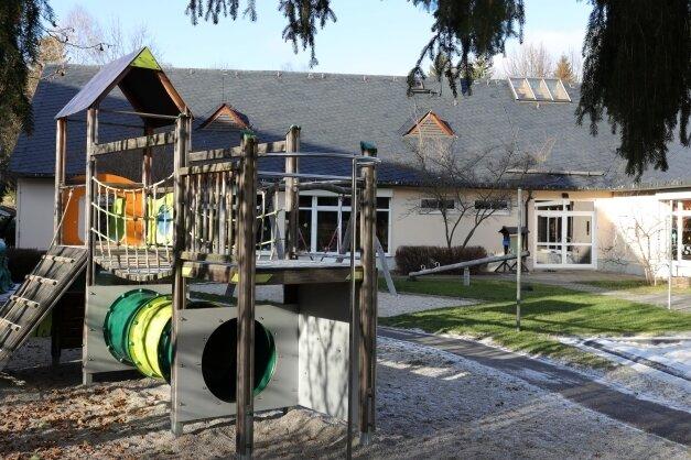 """Die 1994 eingeweihte Kindertagesstätte """"Schwalbennest"""" in Erlabrunn wird in Trägerschaft der Johanniter-Unfall-Hilfe betrieben."""