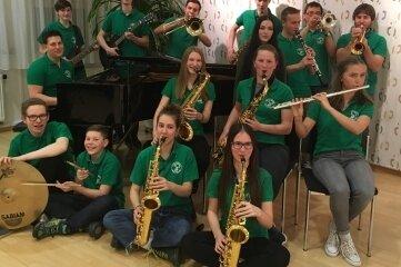 Die Big Band der Musikschule Mittelsachsen sucht dringend Mitspieler.