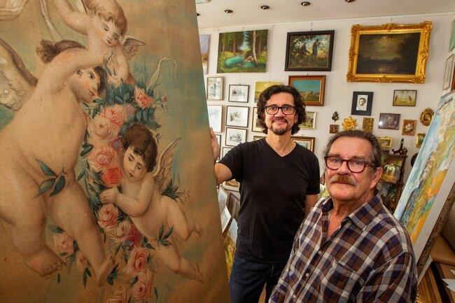 Robby und Peter Geyer in ihrem Geschäft an der Forststraße. Vater Peter führt das Geschäft in vierter Generation.