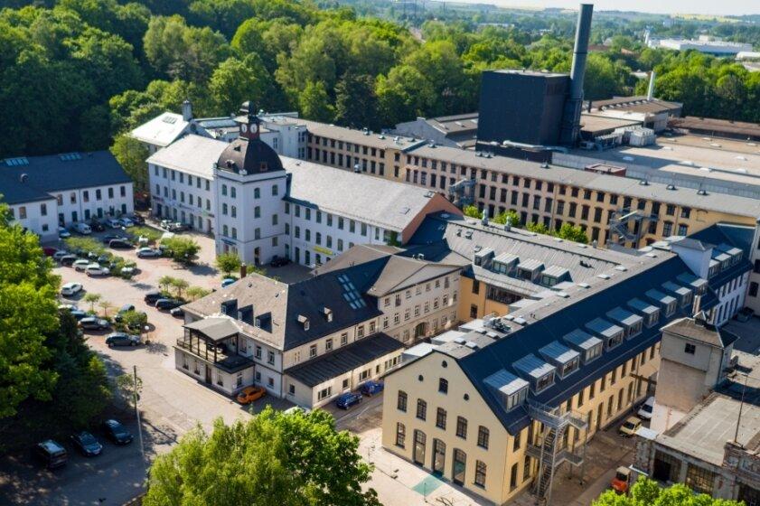 Das Gelände hat sich zu einem wichtigen Wirtschaftsstandort entwickelt. Ganz rechts im Bild das Kreativhaus, das derzeit als zehnter Bauabschnitt saniert wird.
