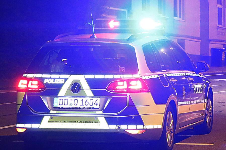 Duo verprügelt und beraubt in Hainichen 14-Jährigen