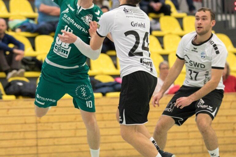 Mit Schwung: Yannik Tischendorf war sowohl gegen Delitzsch II als auch im Pokalspiel in Leipzig bester Werfer der HSG II. Der 24-Jährige, der im Sommer aus Zwenkau kam, ist eine absolute Verstärkung.