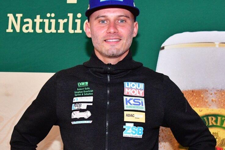 Julius Tannert war bei der offiziellen Pressekonferenz vor der Sachsen-Rallye die Vorfreude und der Optimismus anzusehen.