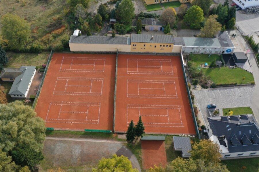 Es wird weiter Tennis gespielt