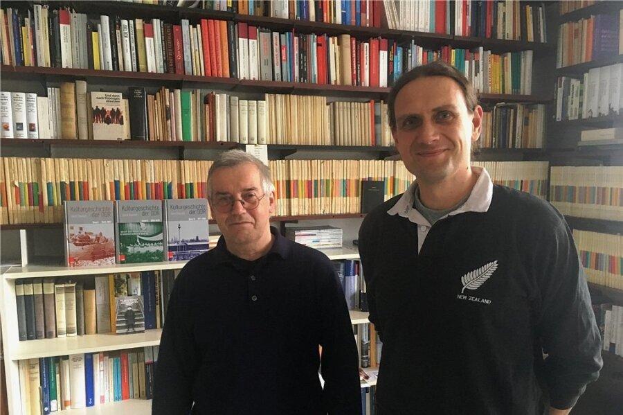 Gehen bei der DDR-Betrachtung wissenschaftlich ins Detail und thematisch in die Breite: Prof. Dr. Gerd Dietrich und Dr. Maik Weichert.