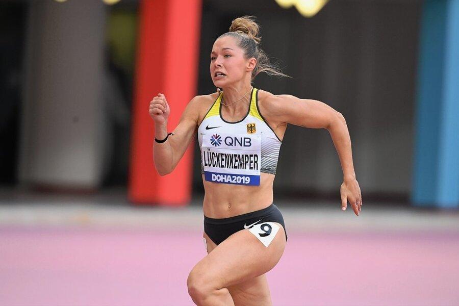 Kraftvoll und voll fokussiert strebt Gina Lückenkemper bei der WM 2019 dem Ziel entgegen.