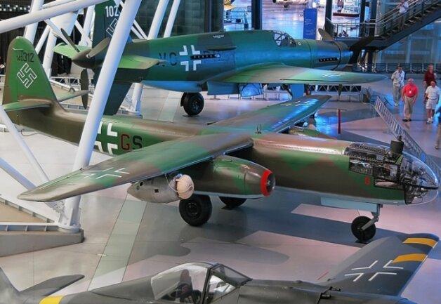 Das letzte erhaltene Exemplar einer Arado Ar 234 B im National Air and Space Museum bei Washington. Teile für den ersten einsatzfähigen strahlgetriebenen Bomber der Welt kamen aus Freiberg.