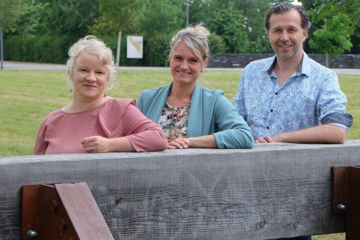 Susan Popp, Heike Böhm und Alexander Fuchs (v. l. n. r.) wollen mit dem Kulturpicknick Juhuli eine neue Veranstaltung etablieren.