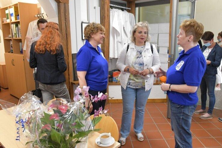 In den Räumen der Junior Forscher im Gespräch: Christiane Biermann, Veronika Bellmann und Kathrin Häußler (v.l.).